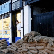 Marketing flood risk adaptation to small businesses and households