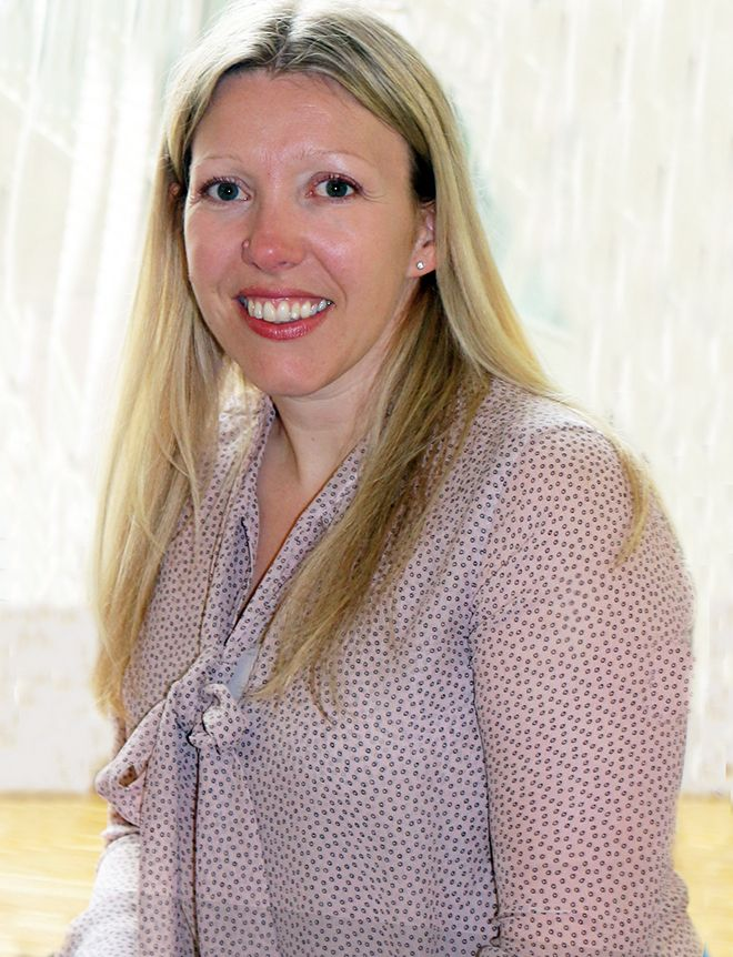 A photograph of Dr Jo Yarker