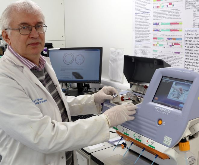 Professor Andrey Karlyshev with the the Ion Torrent PGM sequencing machine at Kingston University