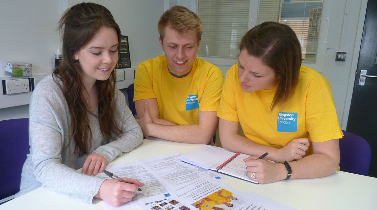 Kingston University human resource management students turn consultants to boost student ambassador programme