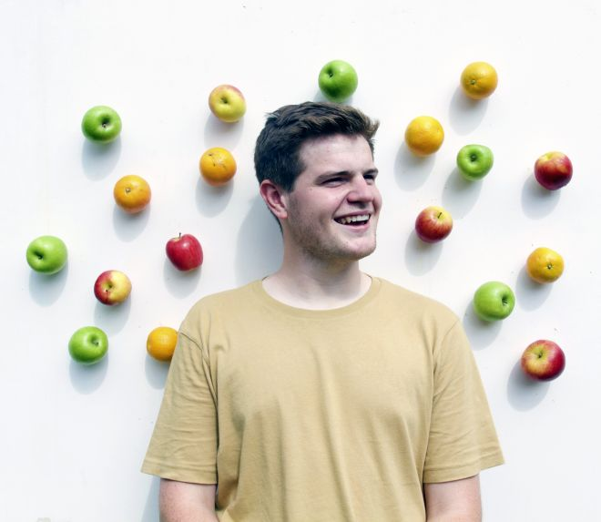 George Woolley hopes his wall hanging alternative to the fruit bowl leads to less food waste