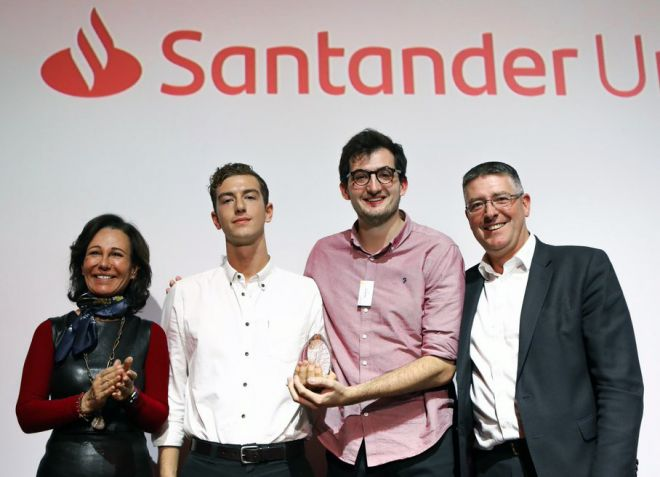 L-R: o	Ana Botin, Executive Chair of Santander UK, Rowan Minkley, Rob Nicoll and Matt Hutnell, Director Santander Universities.