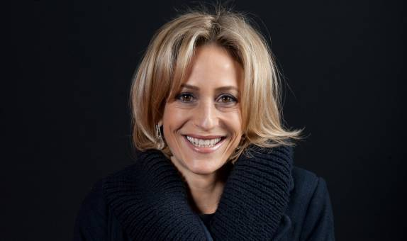 Award-winning broadcaster Emily Maitlis chosen as next Kingston University Big Read with Airhead book