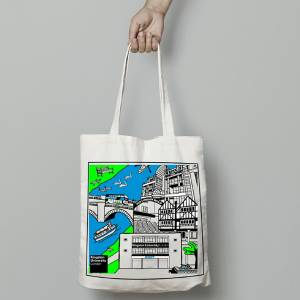 Maths student bags prize for design of tote bags to be given to all enrolling Kingston University students