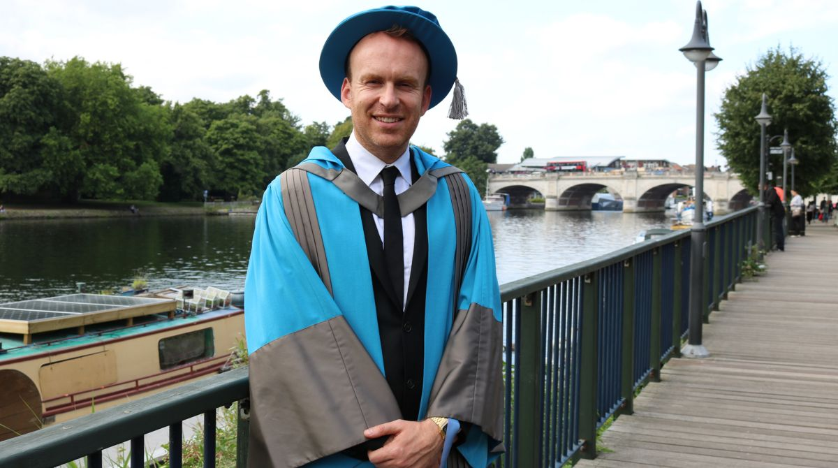 Acclaimed novelist and screenwriter Matt Haig shares top tips on life after graduation as he receives honorary degree from Kingston University
