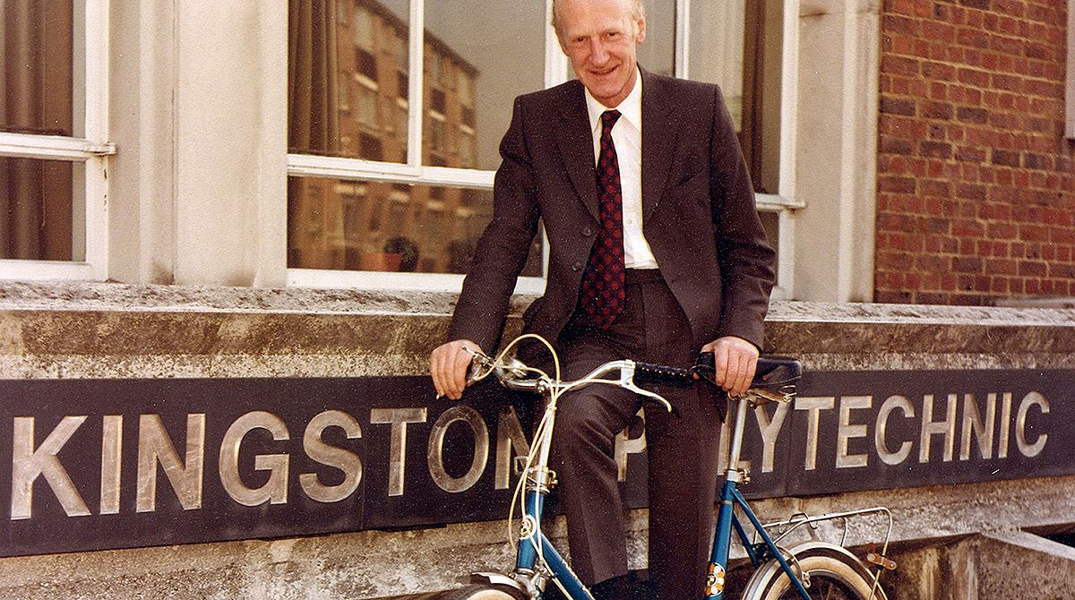 Professor Leonard Lawley, former Kingston Polytechnic director and institution's first professor, passes away