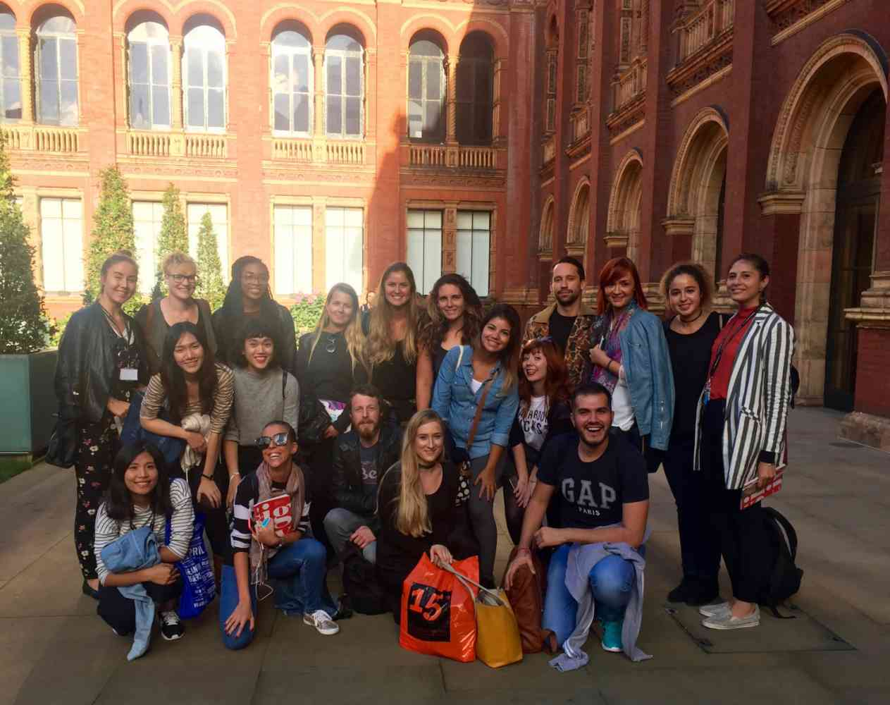 MA Creative Economy study visit to V&A, September 2016 - MA Creative Economy study visit to V&A, September 2016