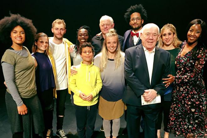 Star cast including Kingston University students, actor Robert Pugh and broadcaster Angellica Bellrmance, \'The Upside Down Sailor\',