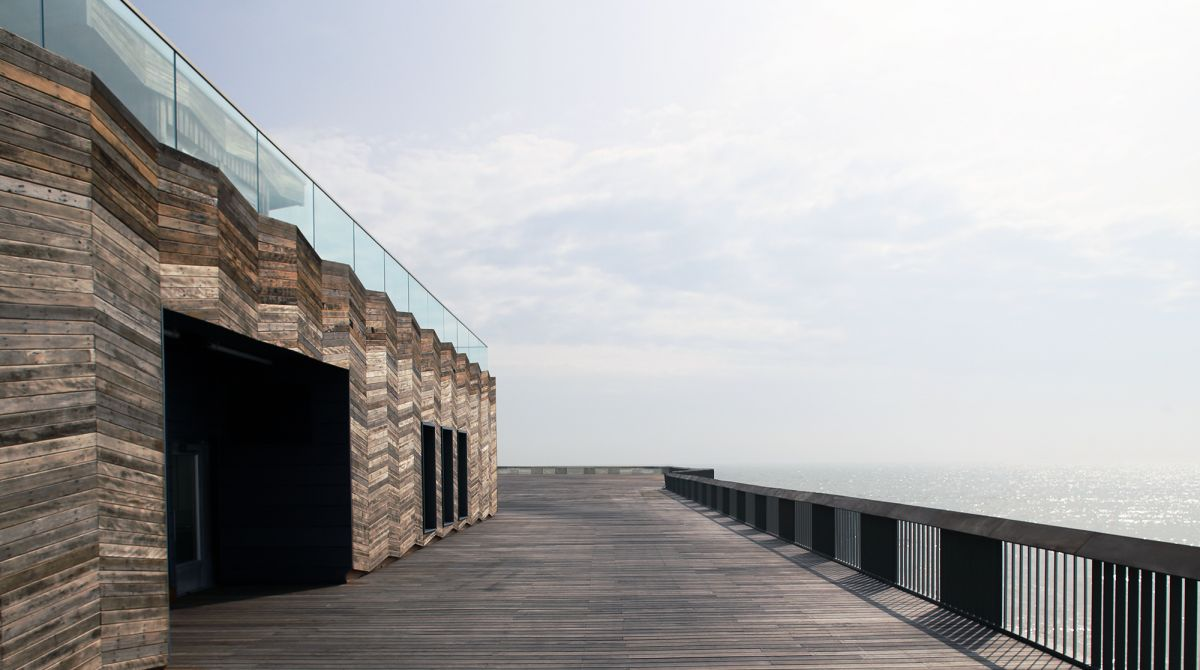 Architecture firm founded by Kingston University alumni Sadie Morgan and Philip Marsh awarded prestigious RIBA Stirling Prize for Hastings Pier
