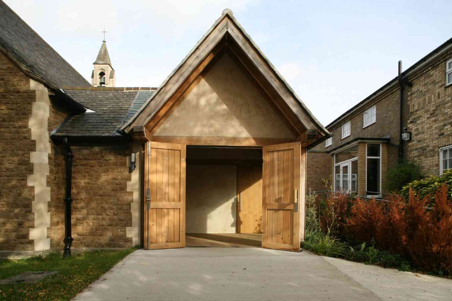 New entrance, Mottingham - An oak framed entrance to a church in Mottingham