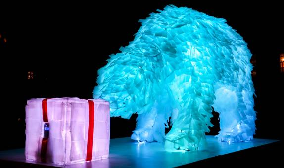 Kingston School of Art students create bear sculpture to shine new light on homelessness and the climate crisis this festive period