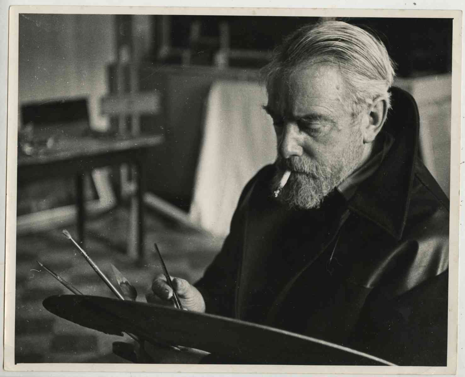 Reginald Brill Principal of Kingston School of Art in his Knights Park studio - Knights Park in the 1960s