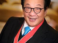 Kingston University alumnus Tan Sri (Sir) Francis Yeoh receives Queen's knighthood (KBE) at Clarence House