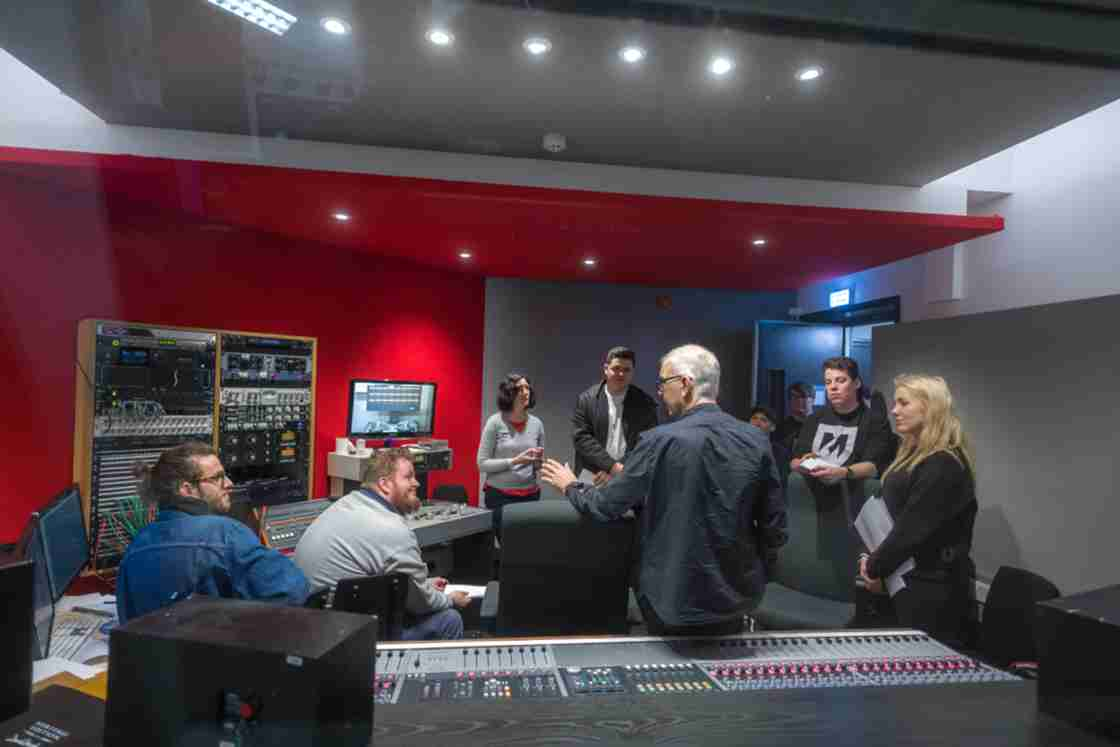 Visconti Studio - The British analogue music studio: Heritage, nostalgia, future