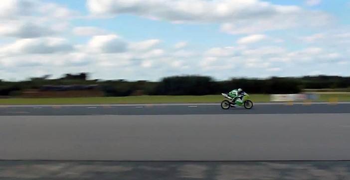 Kingston University's electric bike has broken the United Kingstom land speed record after clocking up 160mph at the Elvington Airfield.