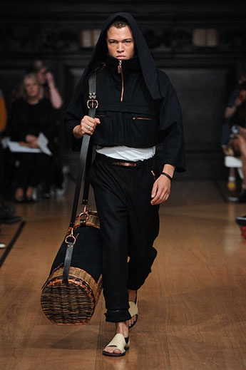 Sarah Hellen worked with a traditional basket weaver to create an oversized sports bag.