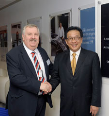 Tan Sri Francis Yeoh with Professor Edward Bromhead of the Faculty of Science, Engineering and Computing