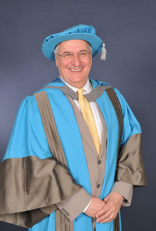 Professor Sean Hilton has received an honorary degree from the Faculty of Health and Social Care Sciences.